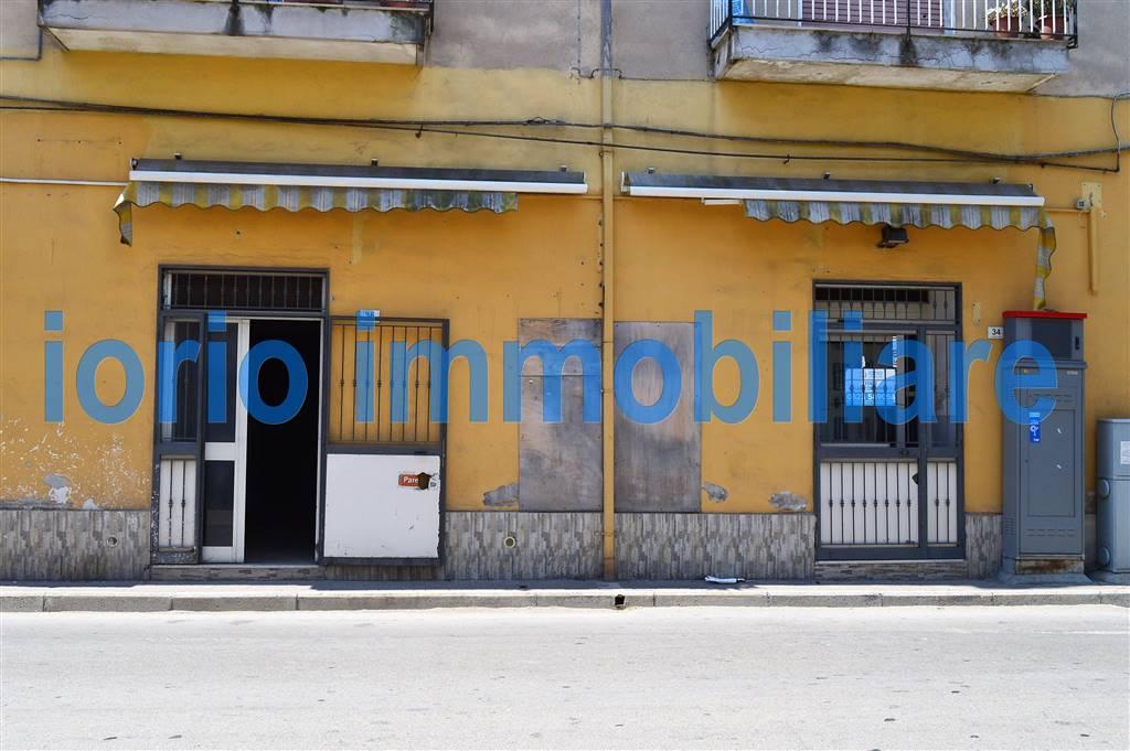 Negozio / Locale in vendita a Santa Maria Capua Vetere, 4 locali, prezzo € 58.000 | CambioCasa.it