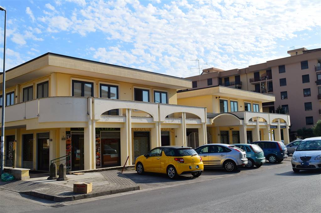 Ufficio / Studio in Vendita a Santa Maria Capua Vetere