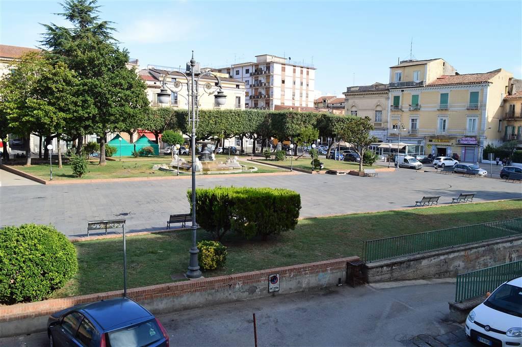 Ufficio / Studio in affitto a Santa Maria Capua Vetere, 1 locali, zona Località: CENTRO STORICO, prezzo € 200 | CambioCasa.it