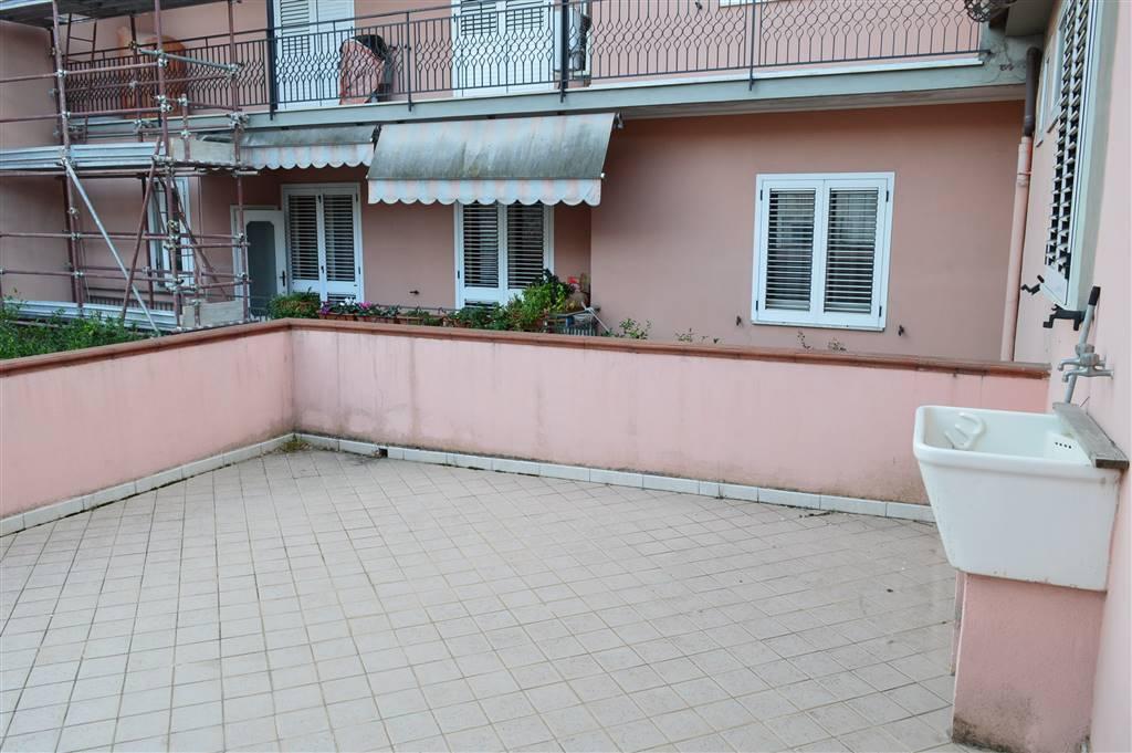 Soluzione Indipendente in affitto a Santa Maria Capua Vetere, 3 locali, prezzo € 550 | CambioCasa.it