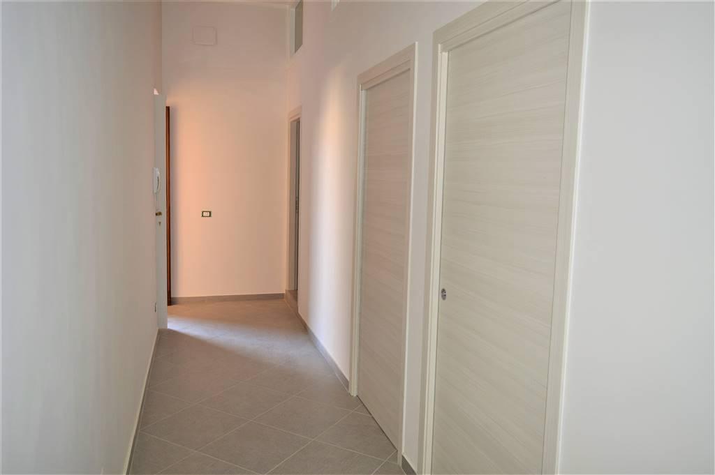Appartamento in affitto a Santa Maria Capua Vetere, 3 locali, prezzo € 400   CambioCasa.it