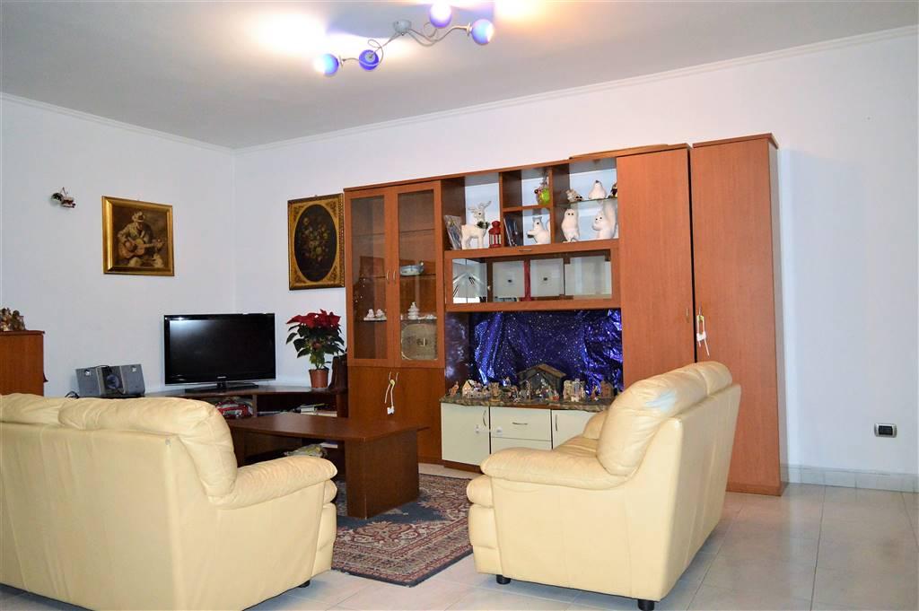 Appartamento in affitto a Curti, 4 locali, prezzo € 450 | CambioCasa.it