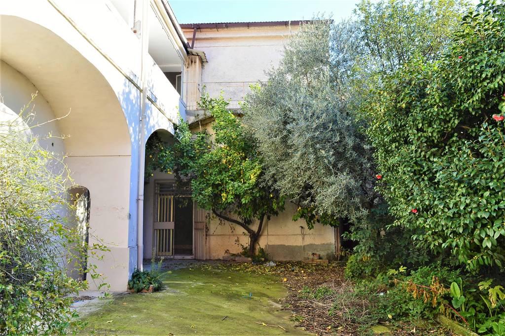 Palazzo-stabile Vendita San Prisco