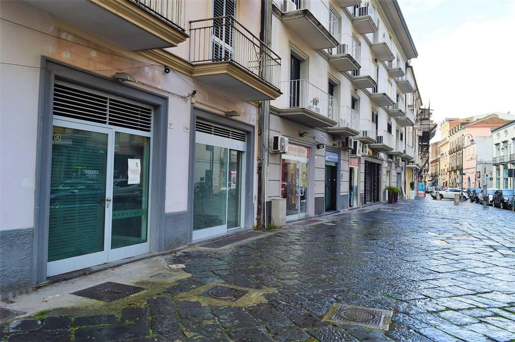 negozio in Vendita Santa Maria Capua Vetere in provincia di Caserta