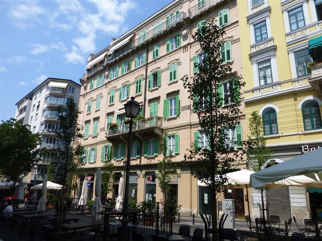 Negozio / Locale in affitto a Trieste, 1 locali, zona Zona: Semicentro, prezzo € 2.000 | Cambio Casa.it