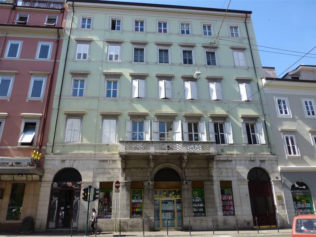 Ufficio / Studio in affitto a Trieste, 2 locali, prezzo € 600 | Cambio Casa.it