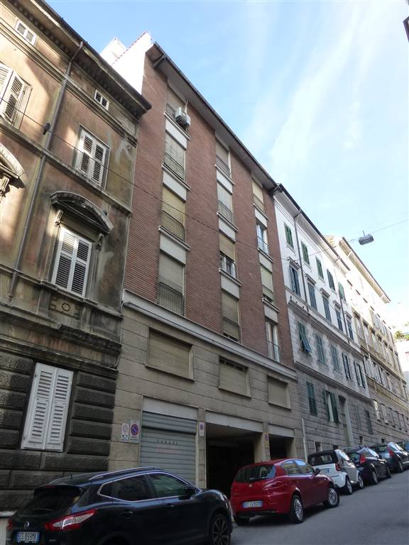 Appartamento in vendita a Trieste, 4 locali, zona Zona: Centro, prezzo € 77.000 | Cambio Casa.it