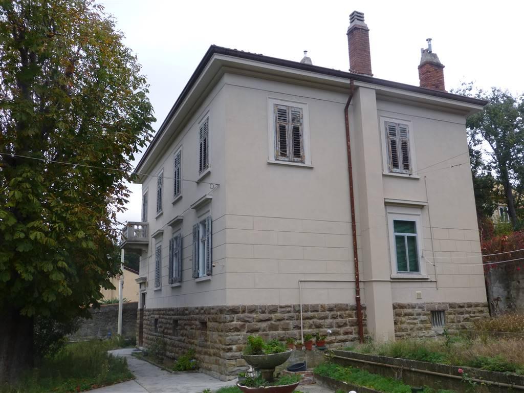 Soluzione Indipendente in vendita a Trieste, 12 locali, zona Zona: Zone di pregio, prezzo € 350.000 | Cambio Casa.it