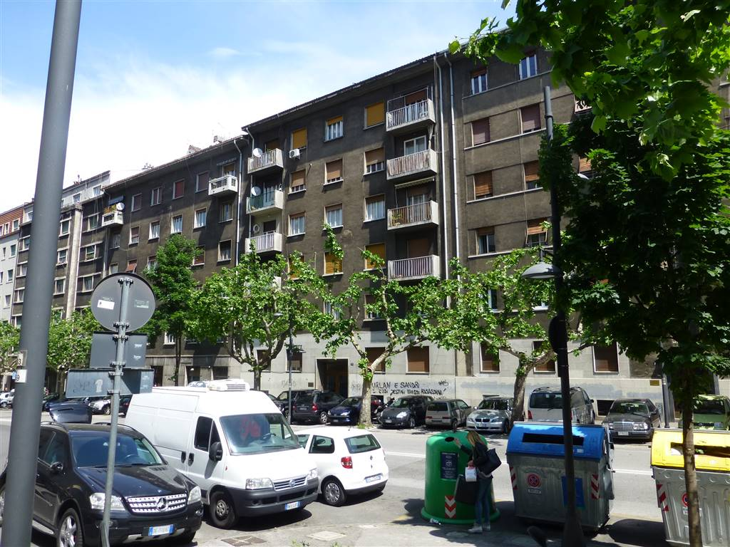 Appartamento in vendita a Trieste, 3 locali, zona Zona: Semicentro, prezzo € 70.000 | CambioCasa.it