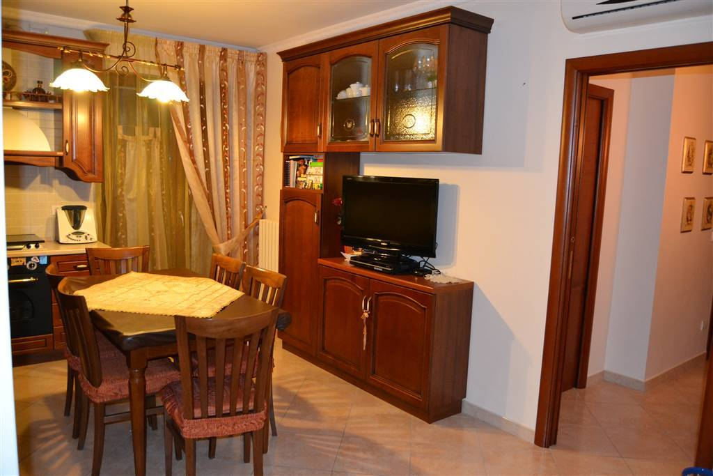 Case barletta compro casa barletta in vendita e affitto for Appartamenti arredati in affitto barletta