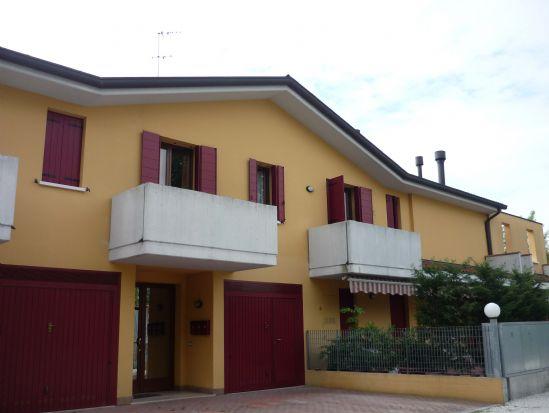 Appartamento in vendita a Spinea, 4 locali, zona Zona: Crea, prezzo € 100.000 | CambioCasa.it
