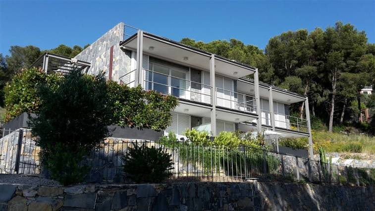 Soluzione Indipendente in vendita a Andora, 2 locali, zona Località: MARINA DI ANDORA, prezzo € 326.000   Cambio Casa.it