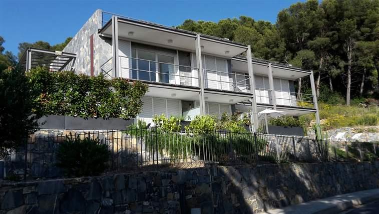 Soluzione Indipendente in vendita a Andora, 4 locali, prezzo € 591.000   Cambio Casa.it