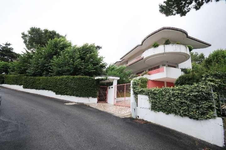 Villa-Villetta Vendita Riccione