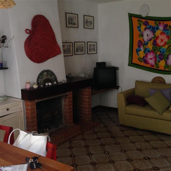 Appartamento in vendita a San Nicola Arcella, 2 locali, zona Zona: San Giorgio, prezzo € 40.000 | CambioCasa.it