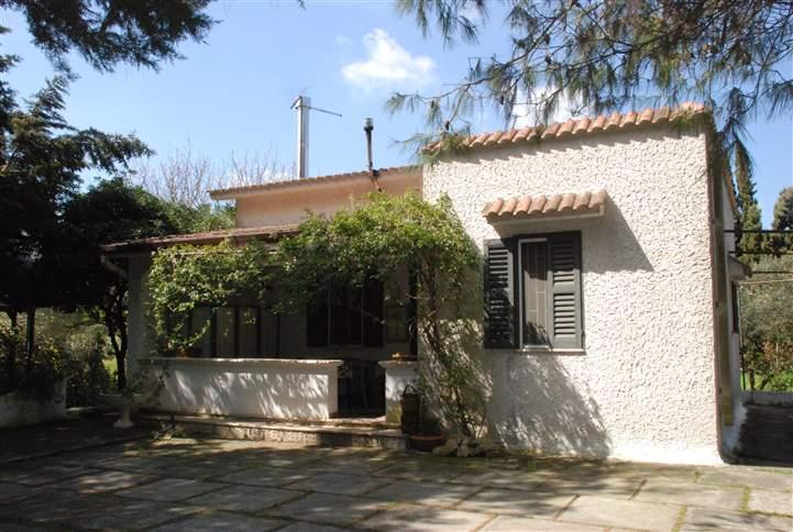 Appartamento in vendita a Latiano, 4 locali, Trattative riservate | Cambio Casa.it