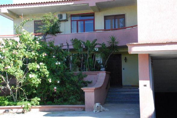 Appartamento in vendita a Latiano, 5 locali, Trattative riservate | Cambio Casa.it