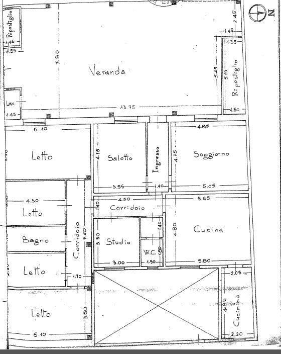 Soluzione Indipendente in vendita a Latiano, 14 locali, prezzo € 285.000 | Cambio Casa.it