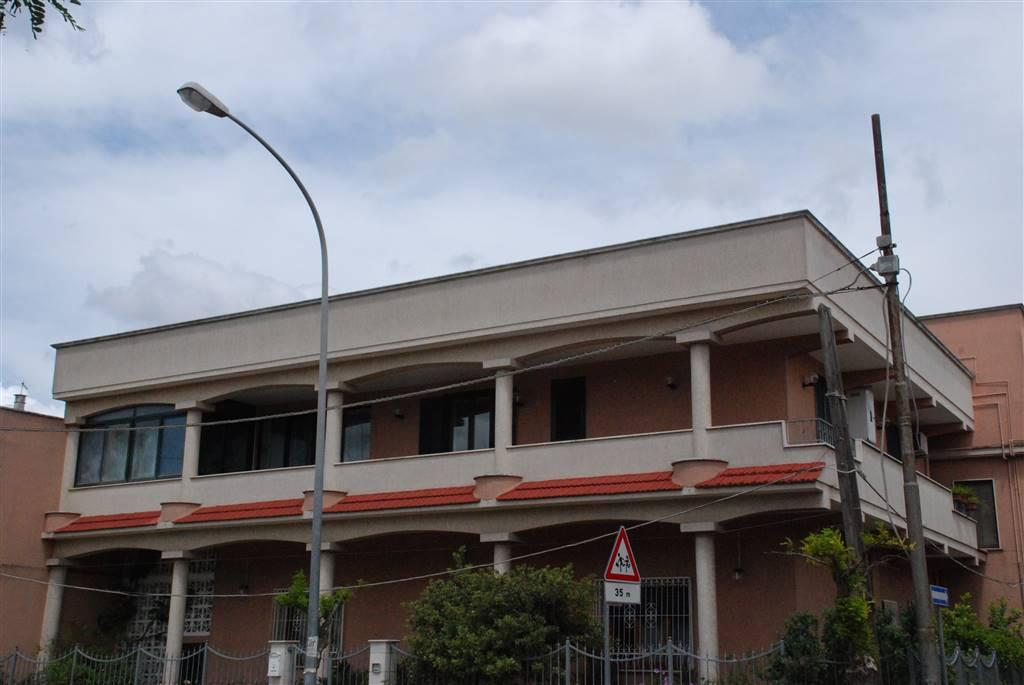 Appartamento in affitto a Latiano, 5 locali, Trattative riservate | CambioCasa.it