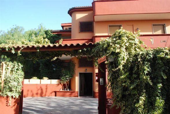 Villa Bifamiliare in Vendita a Latiano