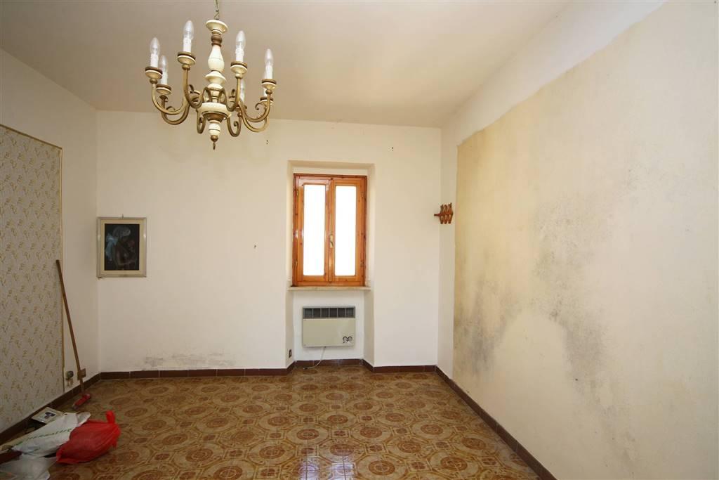 Soluzione Indipendente in vendita a Rosignano Marittimo, 3 locali, zona Zona: Castelnuovo della Misericordia, prezzo € 49.000 | CambioCasa.it