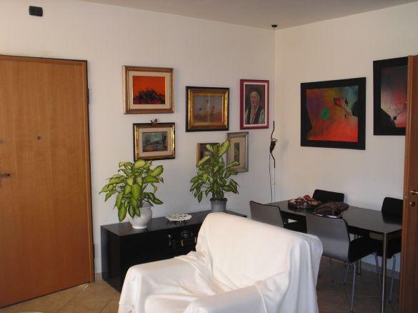 Soluzione Indipendente in vendita a Collesalvetti, 6 locali, zona Zona: Vicarello, prezzo € 280.000 | CambioCasa.it