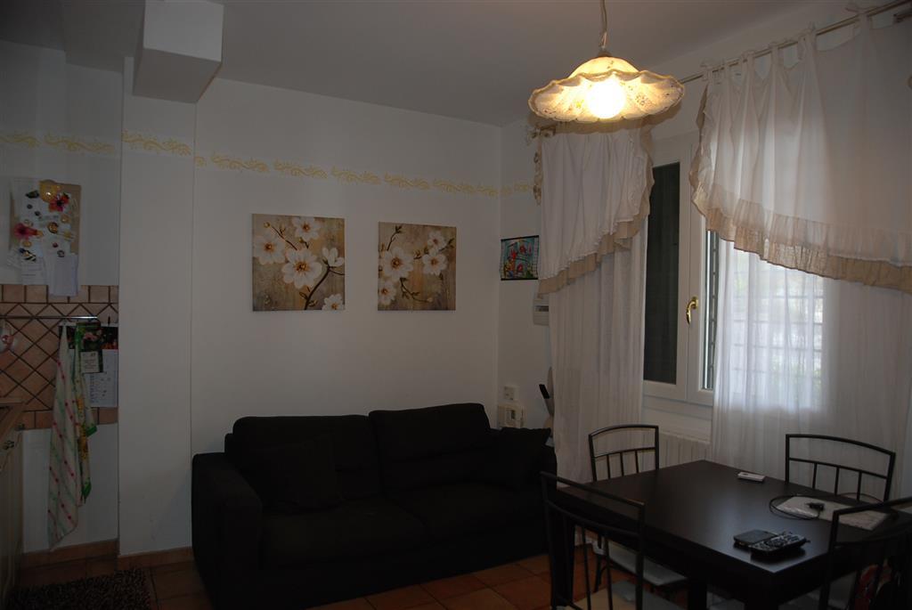 Appartamento in vendita a Collesalvetti, 3 locali, zona Zona: Nugola, prezzo € 120.000 | Cambio Casa.it
