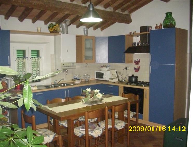Soluzione Indipendente in vendita a Crespina Lorenzana, 8 locali, zona Località: SIBERIA, prezzo € 220.000 | CambioCasa.it