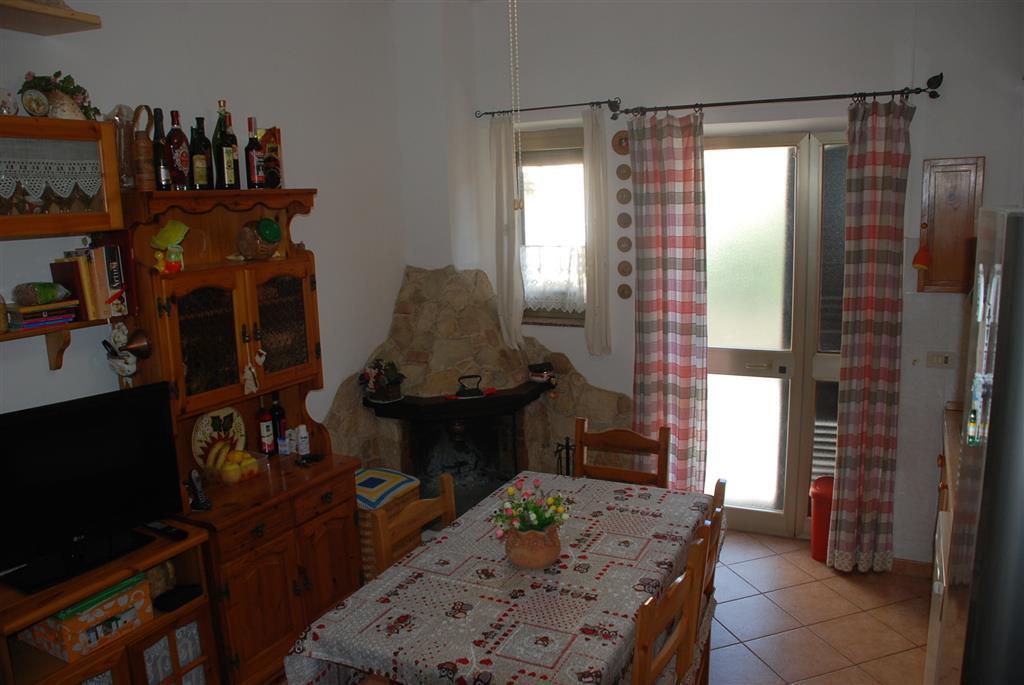 Soluzione Indipendente in vendita a Collesalvetti, 4 locali, zona Zona: Vicarello, prezzo € 75.000 | Cambio Casa.it