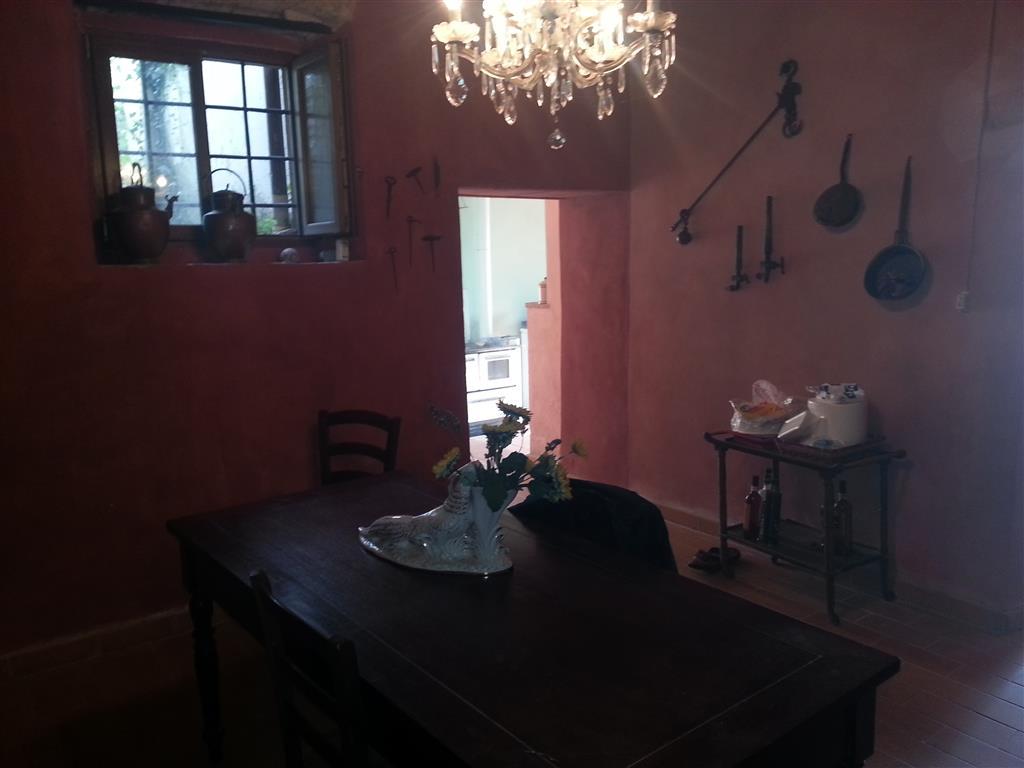 Rustico / Casale in vendita a Collesalvetti, 5 locali, zona Zona: Parrana San Giusto, prezzo € 209.000 | Cambio Casa.it