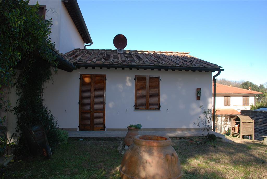 Soluzione Indipendente in affitto a Collesalvetti, 2 locali, prezzo € 600 | CambioCasa.it