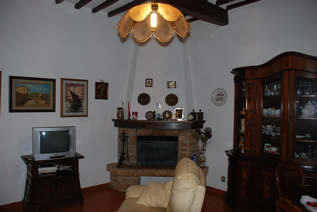 Soluzione Indipendente in affitto a Fauglia, 6 locali, prezzo € 650 | Cambio Casa.it
