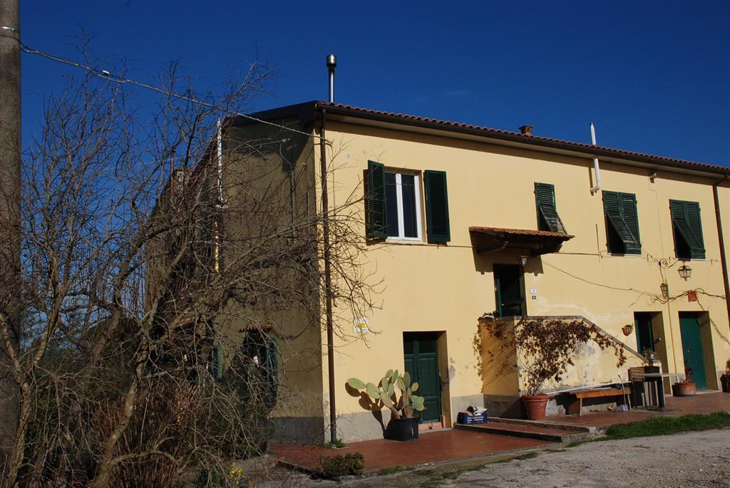 Rustico / Casale in vendita a Collesalvetti, 16 locali, prezzo € 600.000 | Cambio Casa.it