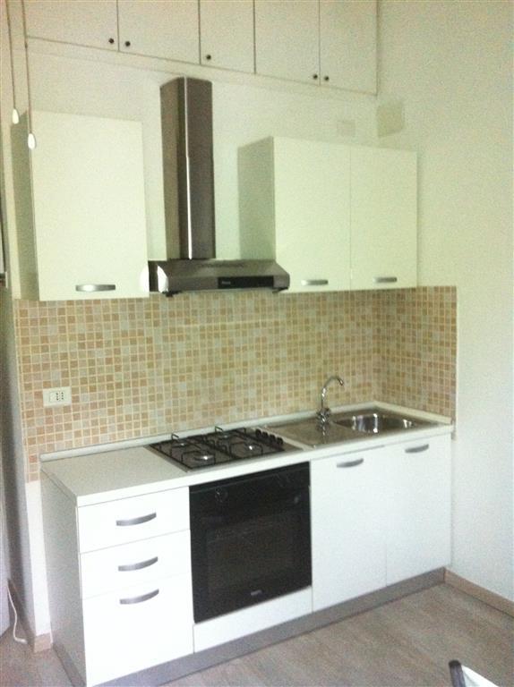 Appartamento in affitto a Collesalvetti, 3 locali, zona Zona: Stagno, prezzo € 450 | Cambio Casa.it