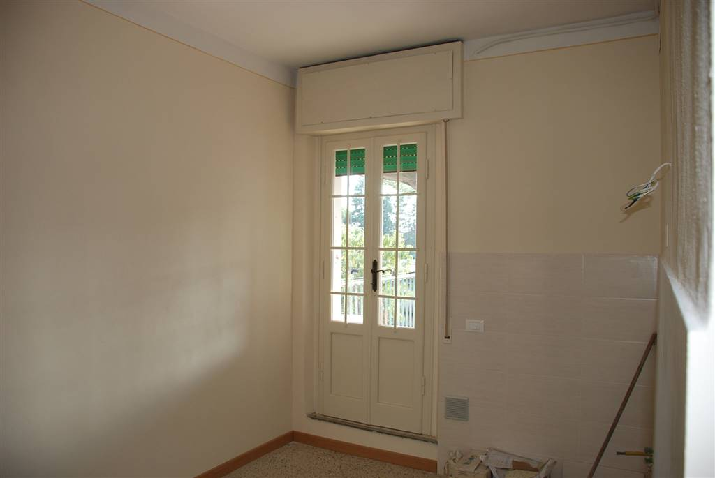 Appartamento in vendita a Collesalvetti, 3 locali, prezzo € 68.000 | Cambio Casa.it