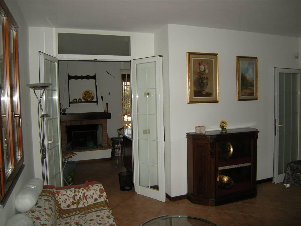 Villa in affitto a Fauglia, 8 locali, zona Zona: Valtriano, prezzo € 850 | Cambio Casa.it