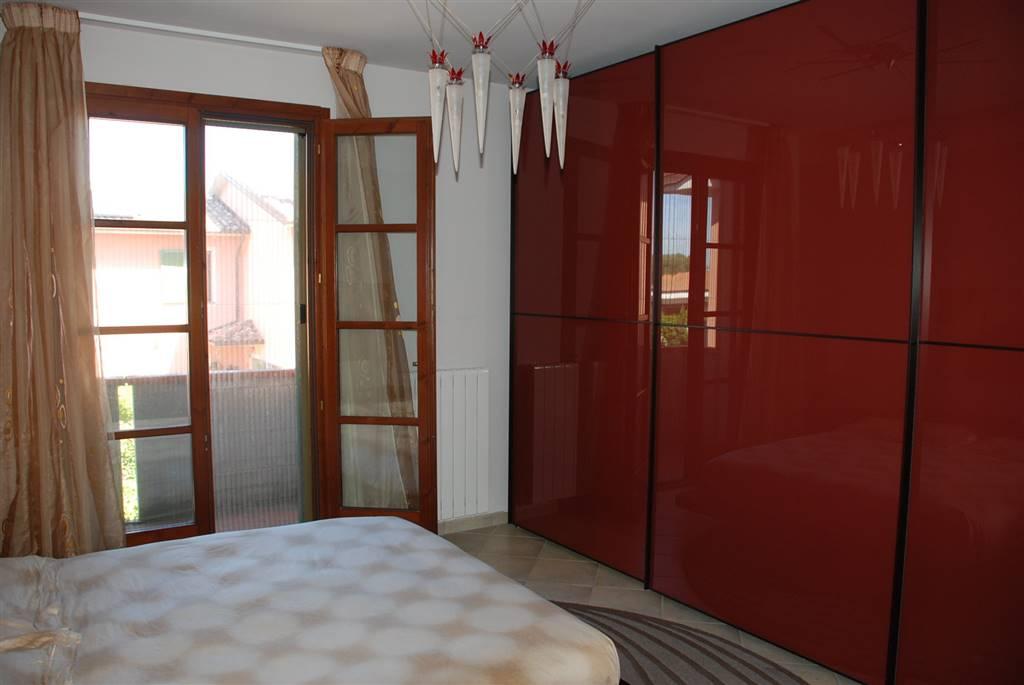 Appartamento in vendita a Crespina Lorenzana, 6 locali, zona Località: Crespina, prezzo € 189.000 | CambioCasa.it