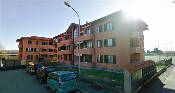 Appartamento in vendita a Carate Brianza, 3 locali, prezzo € 135.000 | Cambiocasa.it