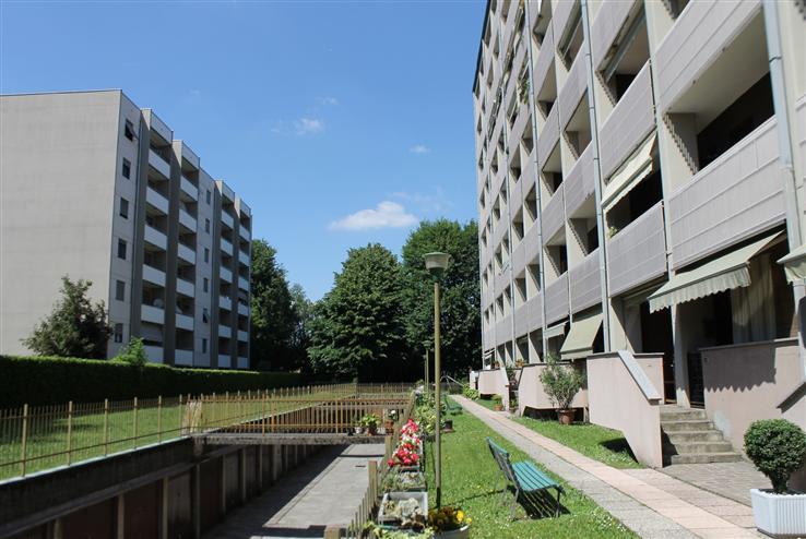 Appartamento in Affitto a Seregno: 1 locali, 55 mq