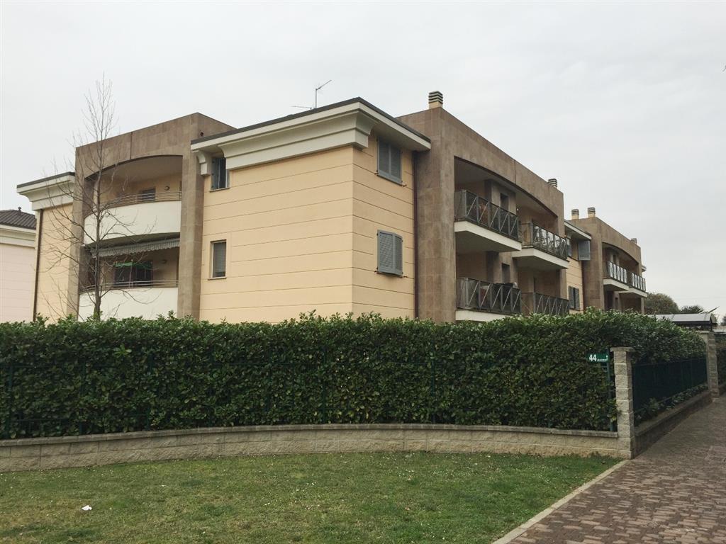Appartamento in Vendita a Verano Brianza:  3 locali, 80 mq  - Foto 1