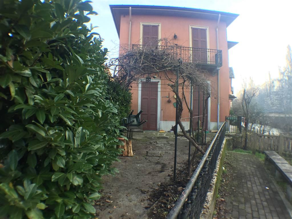Appartamento in Vendita a Triuggio: 2 locali, 67 mq