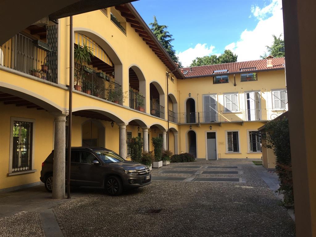 Appartamento in Vendita a Seregno: 2 locali, 70 mq