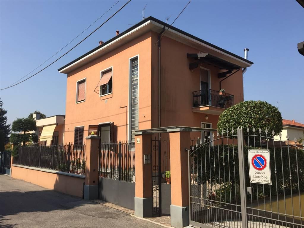 Appartamento in vendita a carate brianza for Trova casa brianza
