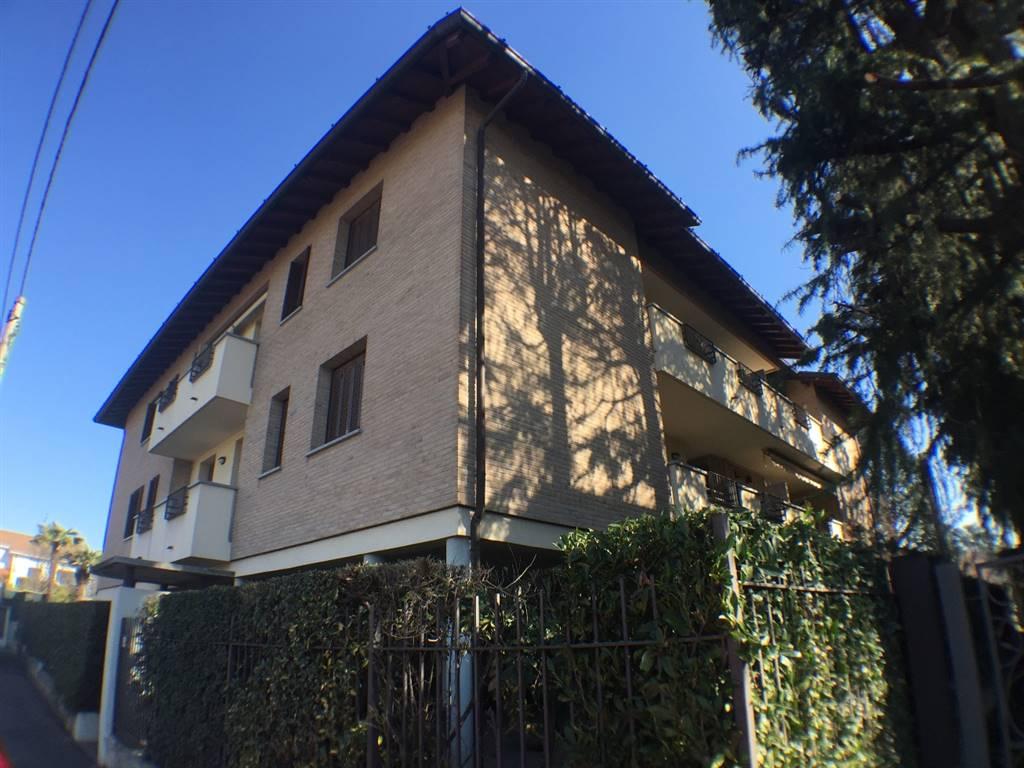 Appartamento in Vendita a Giussano: 3 locali, 85 mq