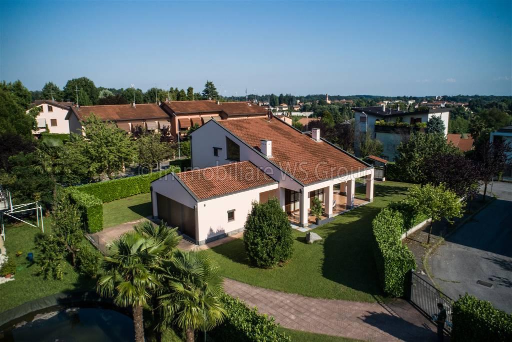 Villa in Vendita a Besana In Brianza:  5 locali, 430 mq  - Foto 1