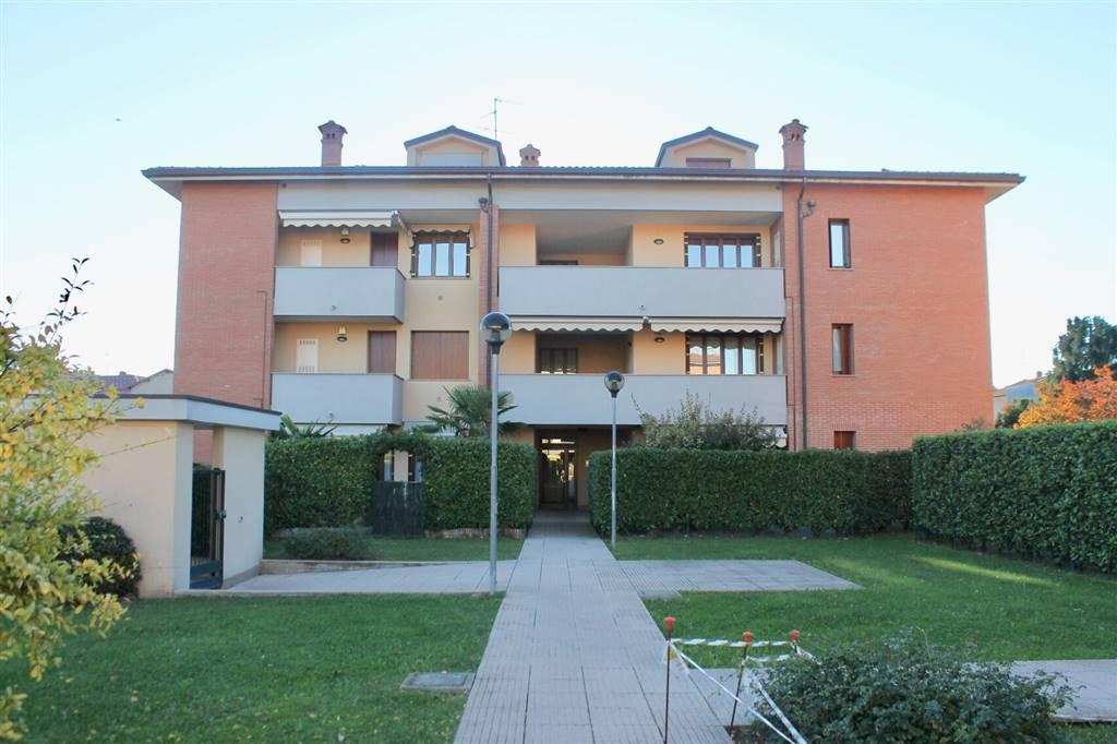 Appartamento in Vendita a Carugo: 5 locali, 139 mq