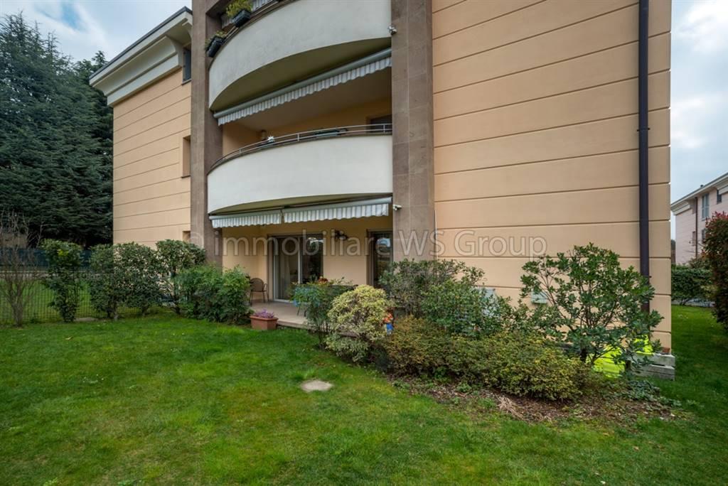 Appartamento in Vendita a Verano Brianza: 3 locali, 85 mq
