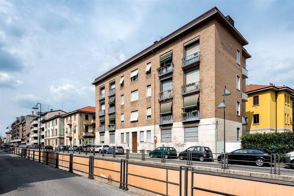 Appartamento in Vendita a Seregno: 2 locali, 47 mq