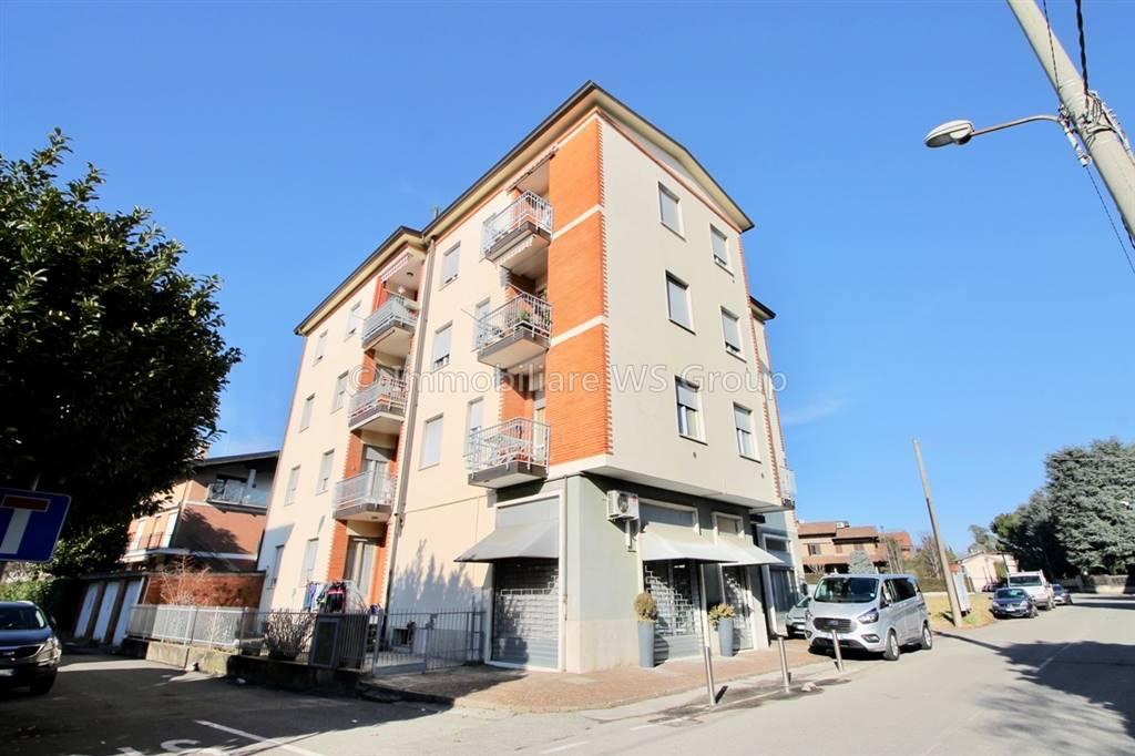 Appartamento in Vendita a Verano Brianza: 3 locali, 75 mq
