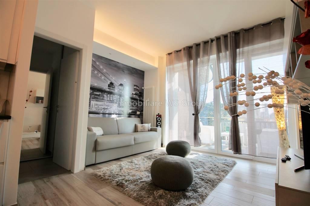 Appartamento in Vendita a Carate Brianza: 1 locali, 41 mq